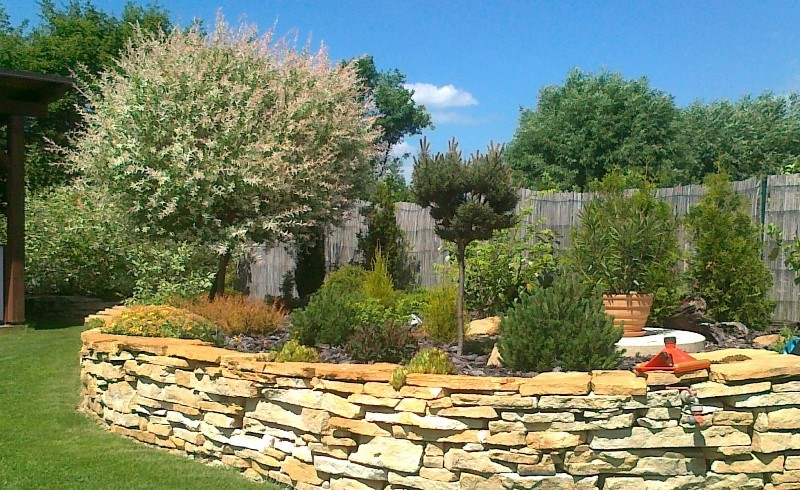 Zahrady Topol