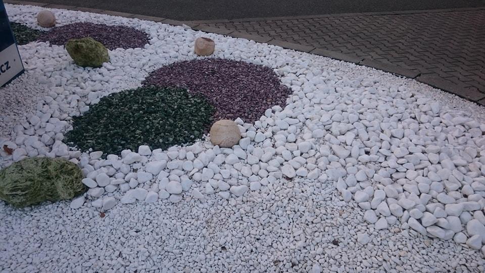 Okrasné kamínky