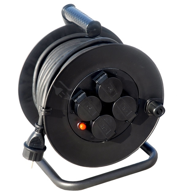 Prodlužovací kabel na bubnu