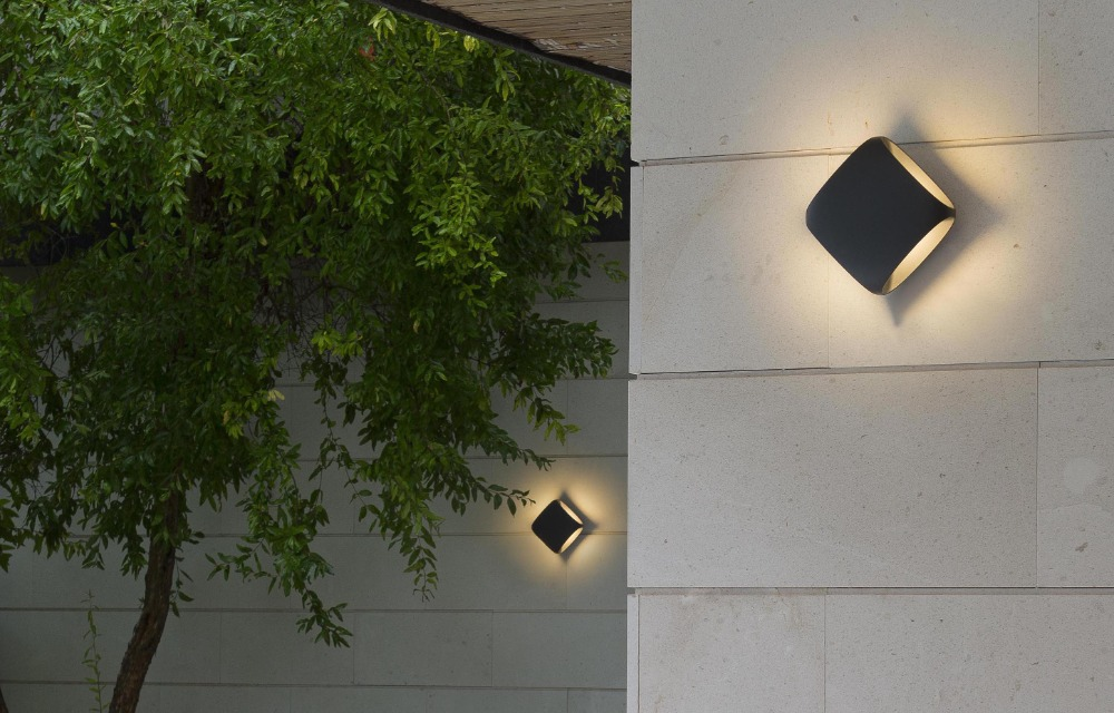designova-venkovni-nastenna-svetla